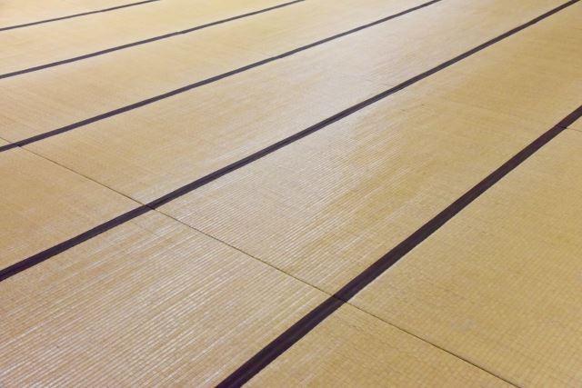 小千谷市で畳のトラブルは【柳瀬畳内装】にお任せ~襖張替え・畳の処分など広い地域で承ります~
